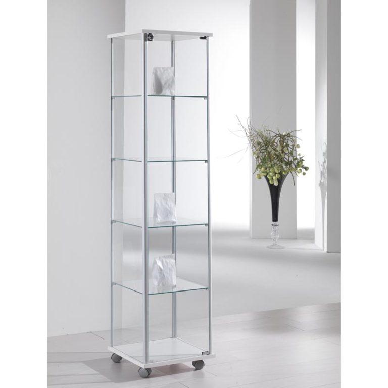 Butikkinnredning glassmonter utstillingsskap premieskap